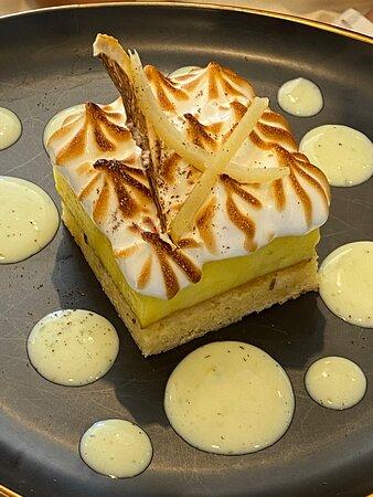 Entremet sablé breton et gingembre & crème citron – Gelée calamansi – Poivre de Timut