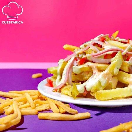 ¡Sólo con nosotros dejas las papas fritas por todos lados! 🍟🍟😆😁  #papasfritas #cuestarica #ocaña