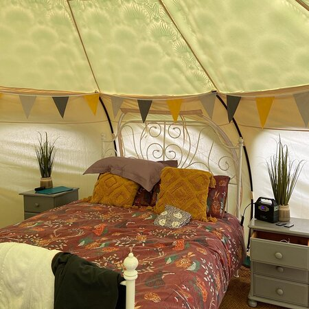 Amazing view in the evening - Picture of Owley Woods Glamping, Cheddar - Tripadvisor