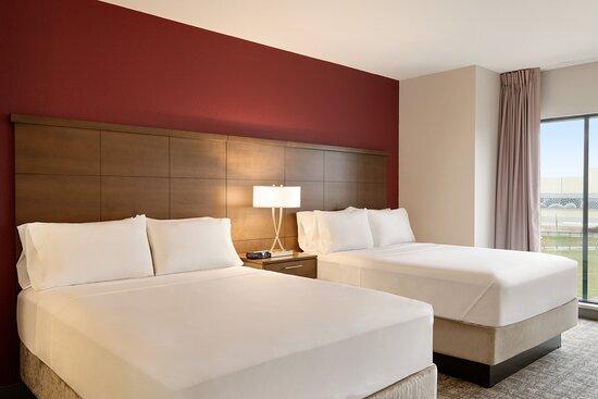 Bedroom Area with 2 Queen Beds