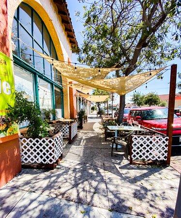 Outdoor sidewalk dining