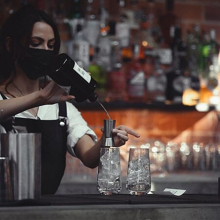 We have a  trained cocktail team to delivery the best cocktails