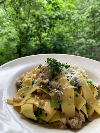 Pappardelle with Tuscan beans, sausage, and broccoli rabe  #garfieldrestaurants #bergencountyrestaurants #bergencountyfood #bergencountyfoodie #essexcountyrestaurants #essexcountyrestaurant #northjerseyrestaurants #northjerseyfood #northjerseyfoodie #njrestaurants #njrestaurant #njfood #njfoodie #njfoodies #njfoodblogger #njfoods #njfoodsnob #njfoodblog #njfoodbloggers #njfoodblog #njfoodporn #sexyfood #italianrestaurant #italianrestaurants #garfieldnj #garfieldnewjersey #elmwoodparknj #elmwoodp