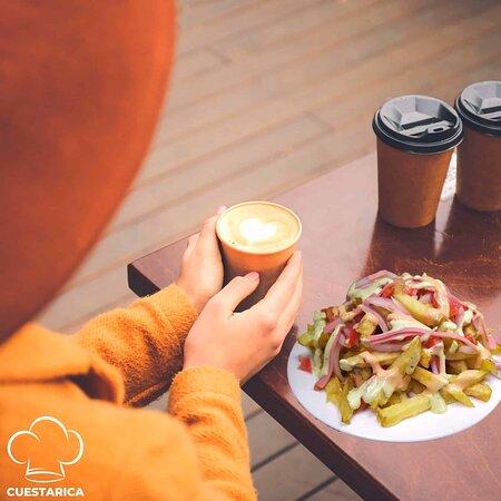 El día está como para un cafecito ☕ y una salchipapa de Cuestarica. 🍟 😄  #salchipapas #domicilios #salchipapascuestarica #ocaña