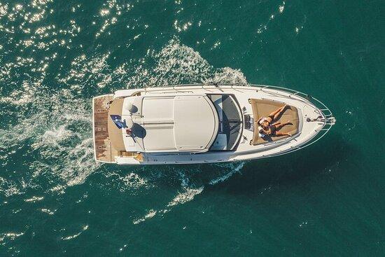 Private 2-Hour Express Boat Tour to Tróia and Arrábida