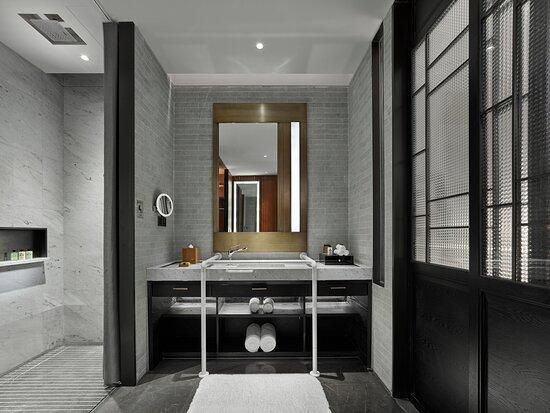 Wheelchair Accessible King Bed Room Bathroom