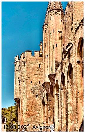 Aviñón, Francia: Sur le Pont d'Avignon