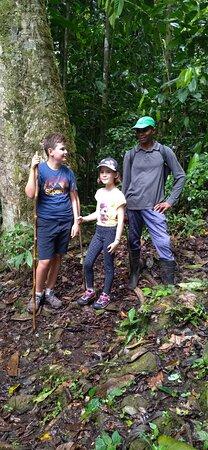 Sao Tome und Principe: Uma caminhada de Bom Sucesso a Lagoa Amélia (3h de caminho).