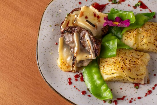 Holambra: Filet Mignon ao Brie