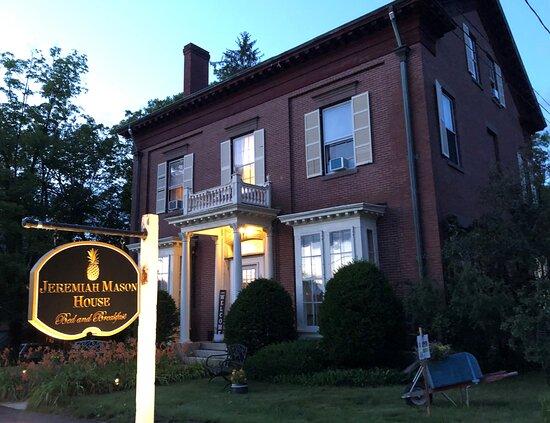 The Jeremiah Mason House Bed & Breakfast