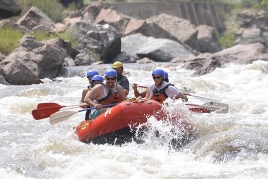 Royal Gorge Half Day Trip: Rapids were amazing. Lines were perfect! Amazing trip!