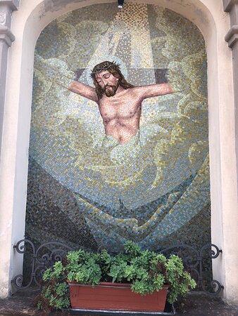 Mozaïek in front of church