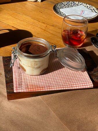 Pensem em uma sobremesa perfeita, Tiramisù.