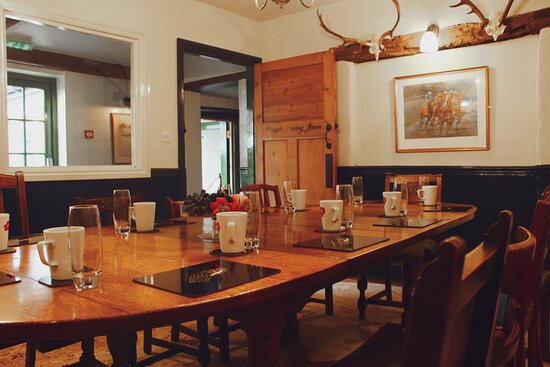 Private dining space for meetings 2021