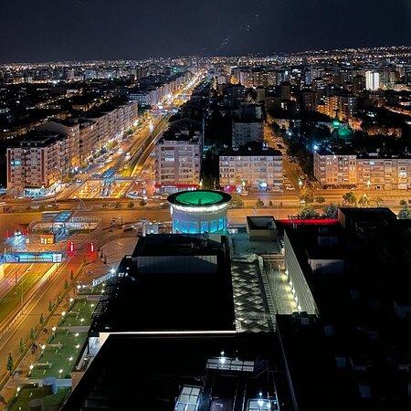 Tripadvisor - Roof top restaurant view! - תמונה של Radisson Blu Hotel Kayseri, קייסרי