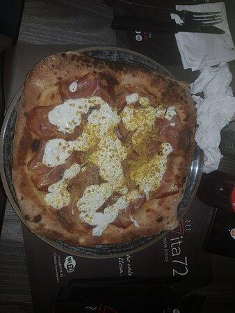 Pizza emergente