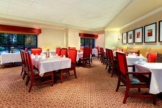 Parkside Grille Restaurant