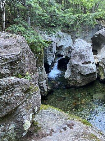Climbing Bingham Falls