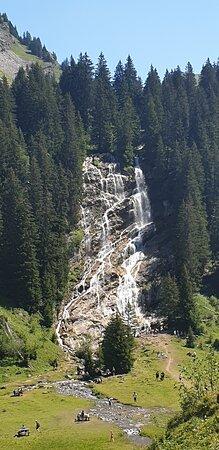 cascade brochaux