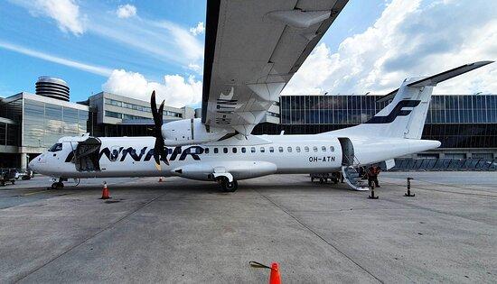 Finnair: ATR 72 at Stockholm Arlanda