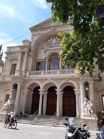 Avignon, France: ✌✌