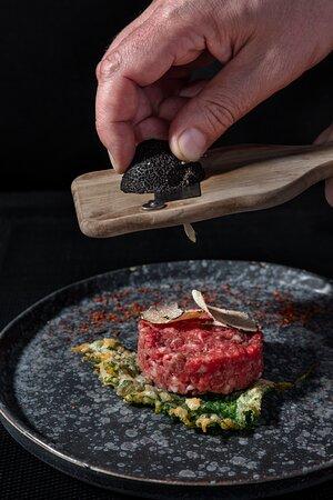 Kobe tartar with truffle