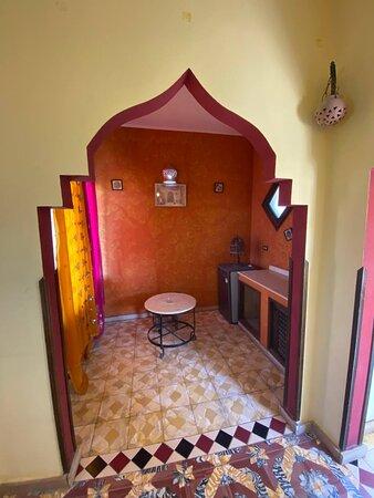 Room #5 Saffron