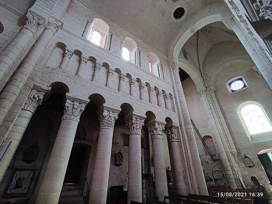 Eglise Saint-Genou