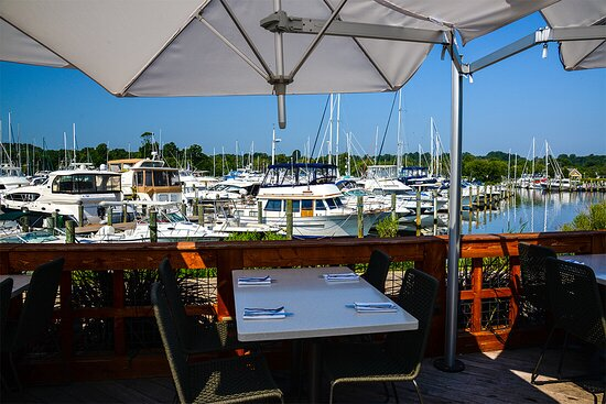 Rose Haven, MD: Waterfront Dining