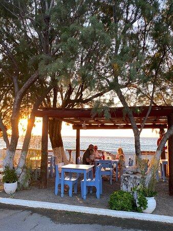 Foto de Thalami, Creta: Facaden ved stranden - Tripadvisor