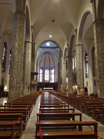 Ascoli Piceno - Chiesa S. Francesco, interno
