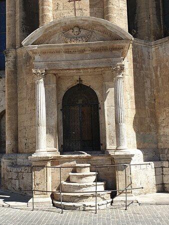 Ascoli  Piceno - Piazza del Popolo, Chiesa S Francesco, edicola Lazzaro Morelli