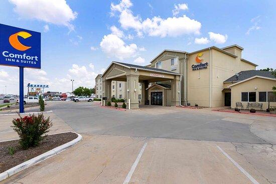 Comfort Inn & Suites Ponca City Near Marland Mansion