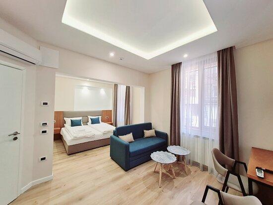 Sofia, Bulgaria: Double Deluxe Room