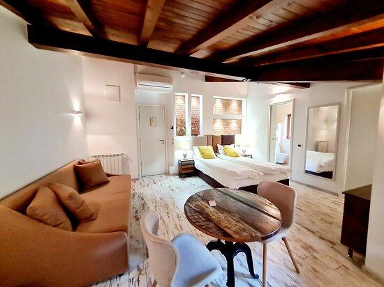 Sofia, Bulgaria: Luxury Double Room