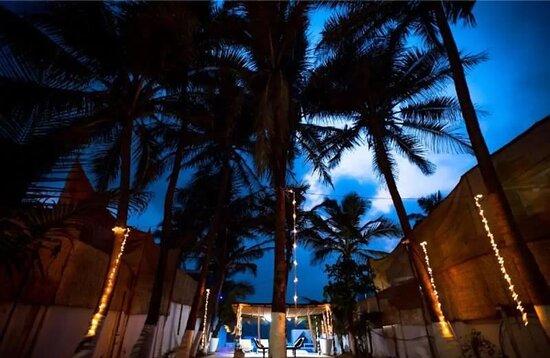 #villasingoa #rentvilla #LuxuryVillasinGoa #luxuryhomes #micasasucasa #PrivatePoolVillas #Goa #Travel #TravelGoals #Traveller #traveltogoa #Travelwithfriends #travelwithfamily #exploregoa #pool #instatravel #luxurystay #weekendgetaway #weekendvibes #Vacay #staycationt #holidays #beautifuldestinations #YOLO #airbnb #curlytales #lbbgoa #goodvibes #wanderlust