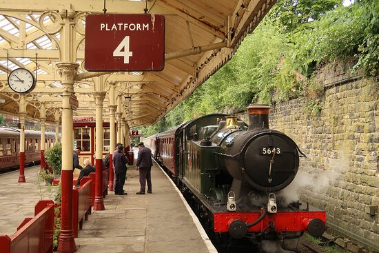 Who doesn't love a steam loco?