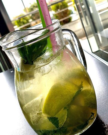 sometimes all you need is just an XL mojito!!!