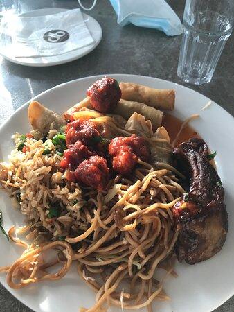 Yashan, Asian restaurant