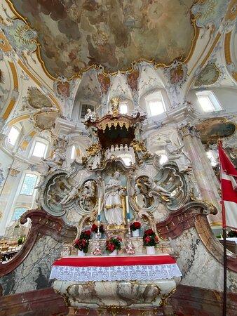 Es gibt wunderschön gestaltete Elemente in der Basilika