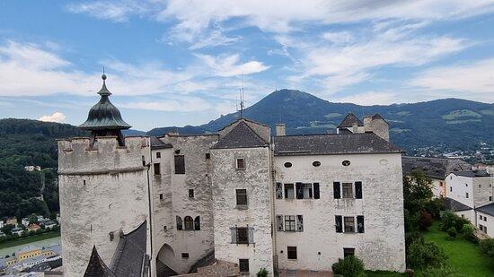 Fortress Hohensalzburg Admission Ticket: Vue sur le château