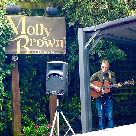 Tyler Vance playing on The Terrace last Saturday. He'll be here again from 2pm to 5pm this Saturday. If it's nice, he'll be outside. If it's raining he'll be inside. Either way, it's a lovely way to spend a Saturday afternoon. Shopping, bit of lunch, few drinks, live music, chilled vibe. #supportlivemusic #supportartists #supportlocaltalent #supportlivemusicvenues #supportlocal