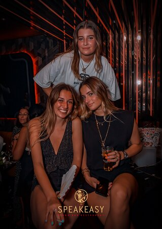 Le Speakeasy Cannes Restaurant Piano Club • Live Music & Clubbing all Night Long • Best Place in Town • Cosy, Chic & Elegant