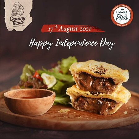 It's a day to celebrate and to cheer for the 17th of August! Happy Independence Day, Indonesia 🙌🥰  _____  If you need your pies (frozen pies) delivered to your doorstep / workplace, you can order online by 📞 WhatsApp 0811 388 7374 📩 DM us on Instagram / Facebook 🖱️ tap link in our bio  _____  I Make The Pies Outlets:⠀⠀ 📍Canggu Jl. Tanah Barak No.8, Canggu 📍Ubud Jl. Raya Sanggingan No.45, Sayan, Ubud (inside Bintang Supermarket) _____  #imakethepies #imakethepiescanggu #imakethepiesubud
