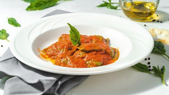 Spinach Ravioli with Pomodoro sauce