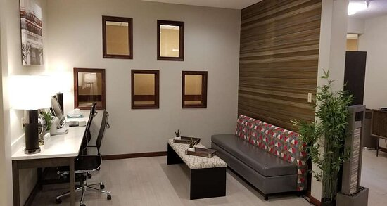 Business Center & Lobby Seating