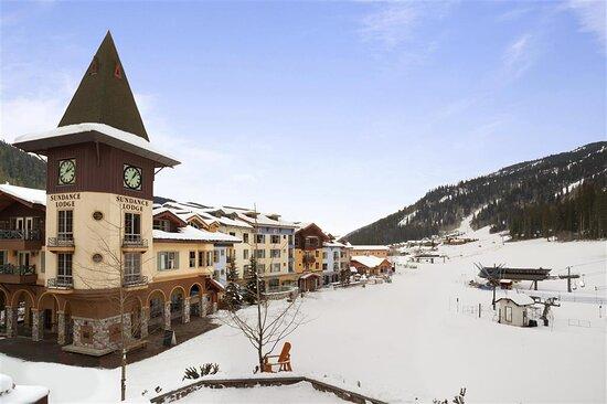 Proximity to Ski Lifts