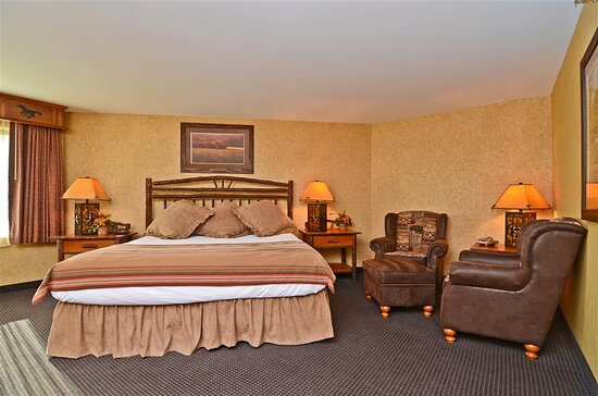 Pine Creek Guest Room