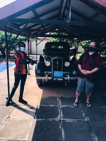A VISIT TO THE KING PREMPEH II JUBILEE MUSEUM WITH ZACH MY CLIENT FROM VIRGINIA U•S•A🇺🇸.FOR BOOKING CALL/WHATSAPP US ON +233247304270/blackroottoursgh@gmail.com