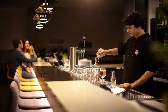 Bar_the niu Air Hotel Frankfurt Messe West